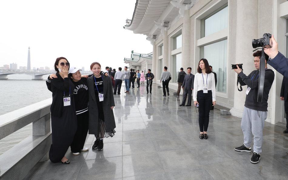 K-pop stars concert in Pyongyang