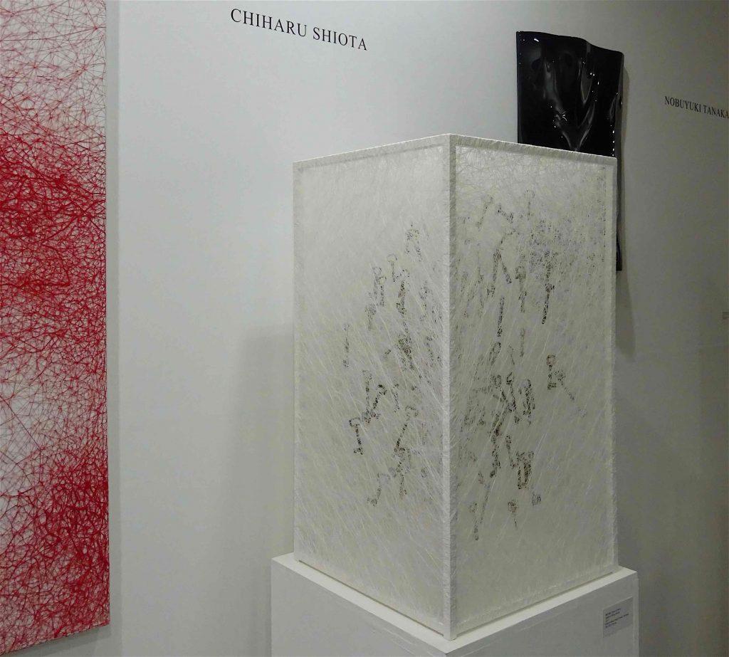 Works by SHIOTA Chiharu 塩田千春 @ KENJI TAKI GALLERY ケンジタキ・ギャラリー