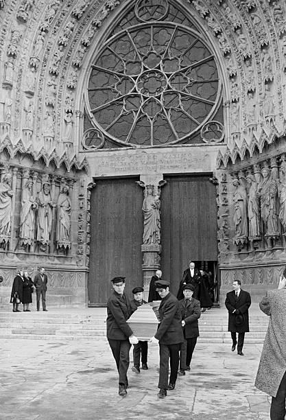 レオナール・ツグハル・フジタ・Léonard Foujita 葬儀1968 ランス・ノートルダム大聖堂・Reims
