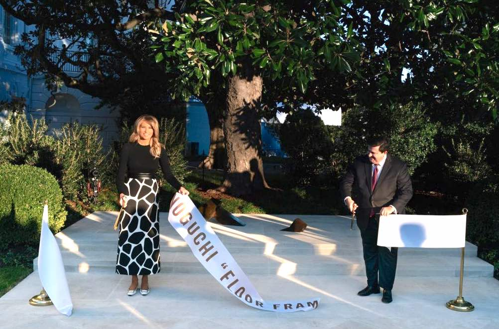 "First Lady Melania Trump unveils Isamu Noguchi's sculpture ""Floor Frame"" in the White House Rose Garden, 2020:11:20"