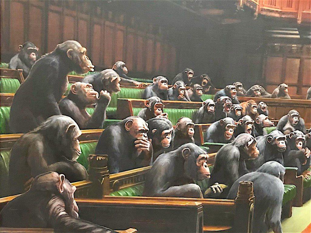 バンクシー 退化した議会 Devolved Parliament, detail