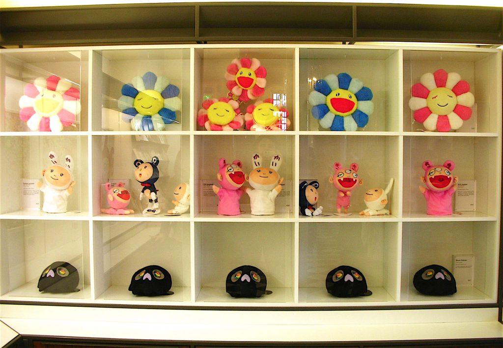 ベルサイユ宮殿 「Murakami Versailles」個展のMuseum shop 村上隆グッズ