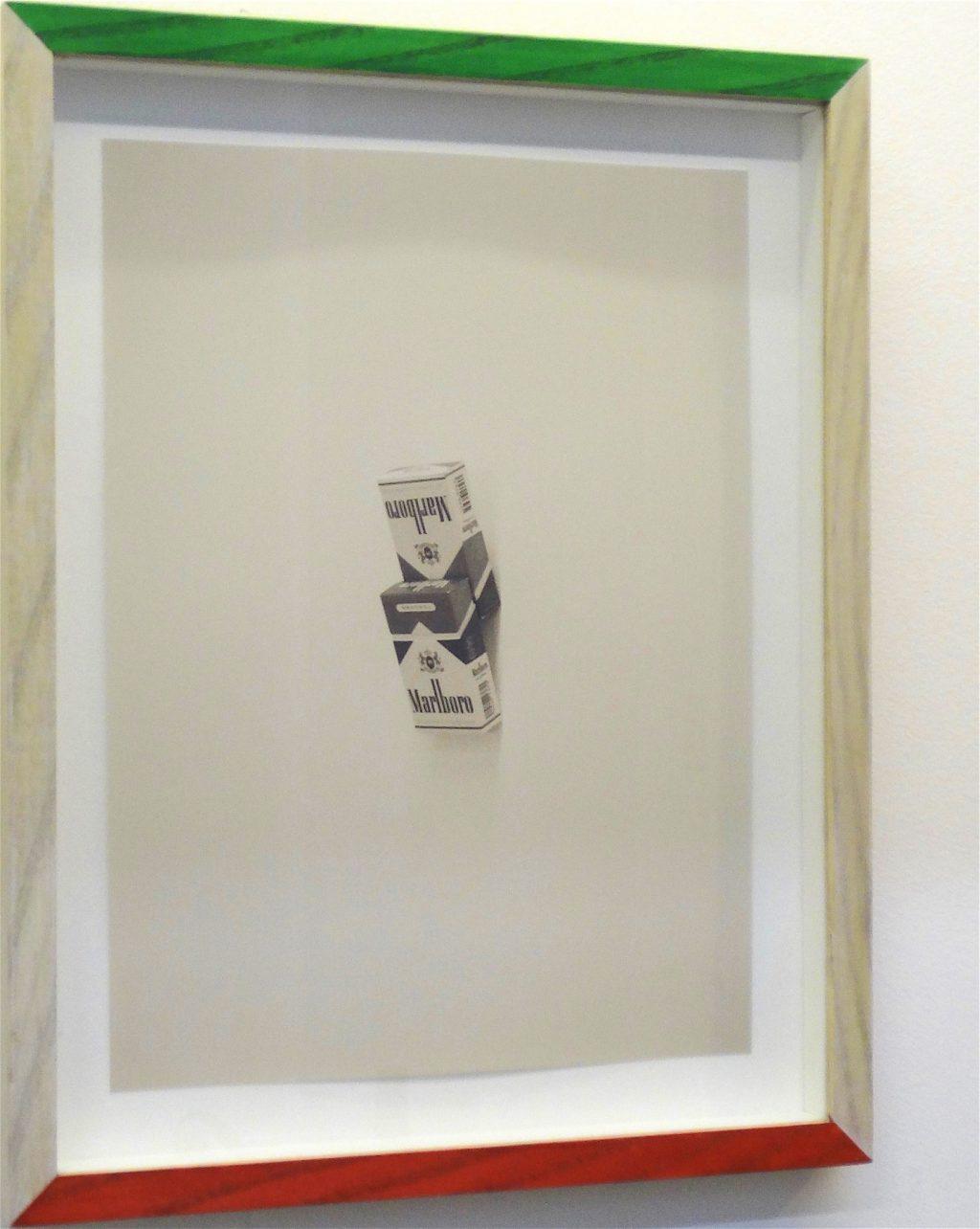 磯谷 博史「Couple」 (2004), Digital C-Type Print with frame colored by the artist