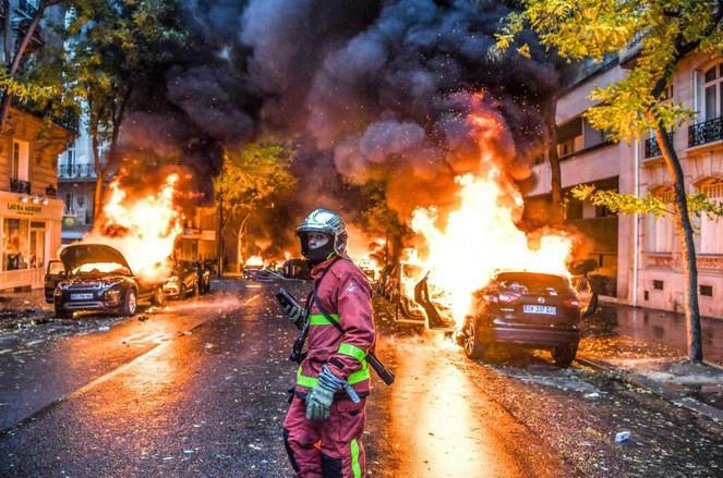 パリが燃えている。Paris Is Burning2