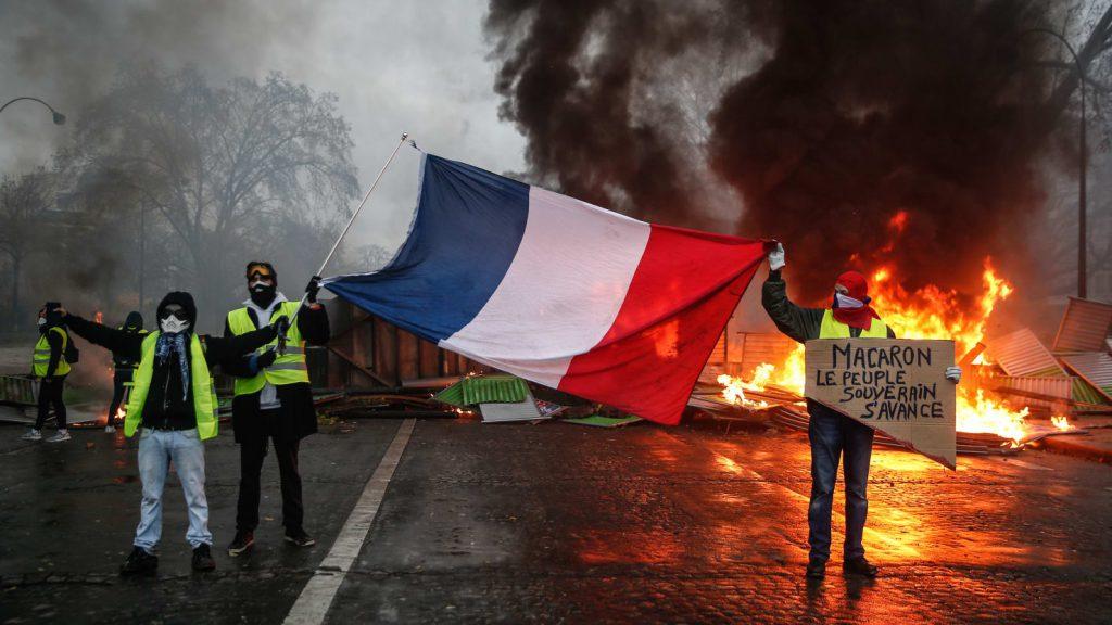 パリが燃えている。Paris Is Burning1