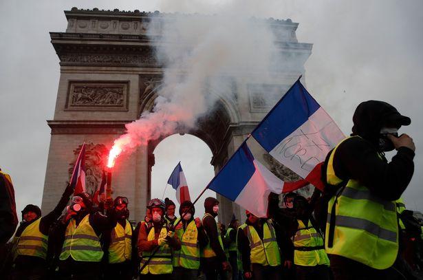 パリが燃えている。Paris Is Burning16