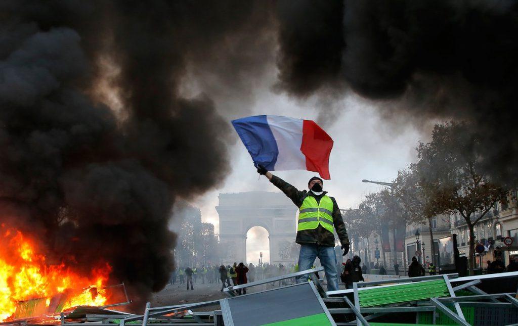 パリが燃えている。Paris Is Burning20