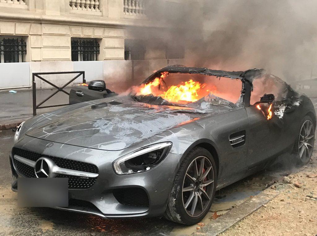 パリが燃えている。Paris Is Burning9