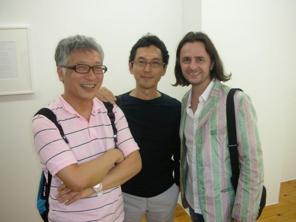 Critic ICHIHARA Kentaro 市原研太郎, gallery owner WAKO Kiyoshi 和光 清, Mario A 亜 真里男