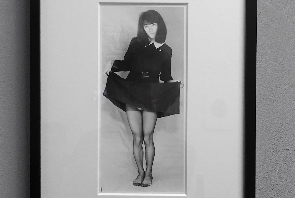 会田誠-AIDA-Makoto-「潮風の少女」