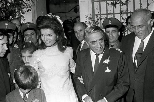 Jacqueline Kennedy and Aristotle Onassis wedding 1968