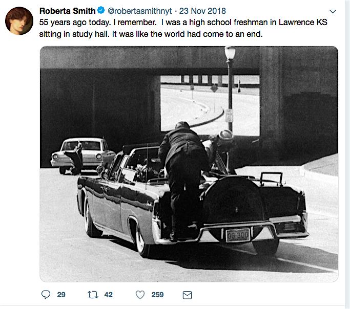 New York Times art critic Roberta Smith ニューヨークタイムズの現代アート批評家 ロベルタ・スミス
