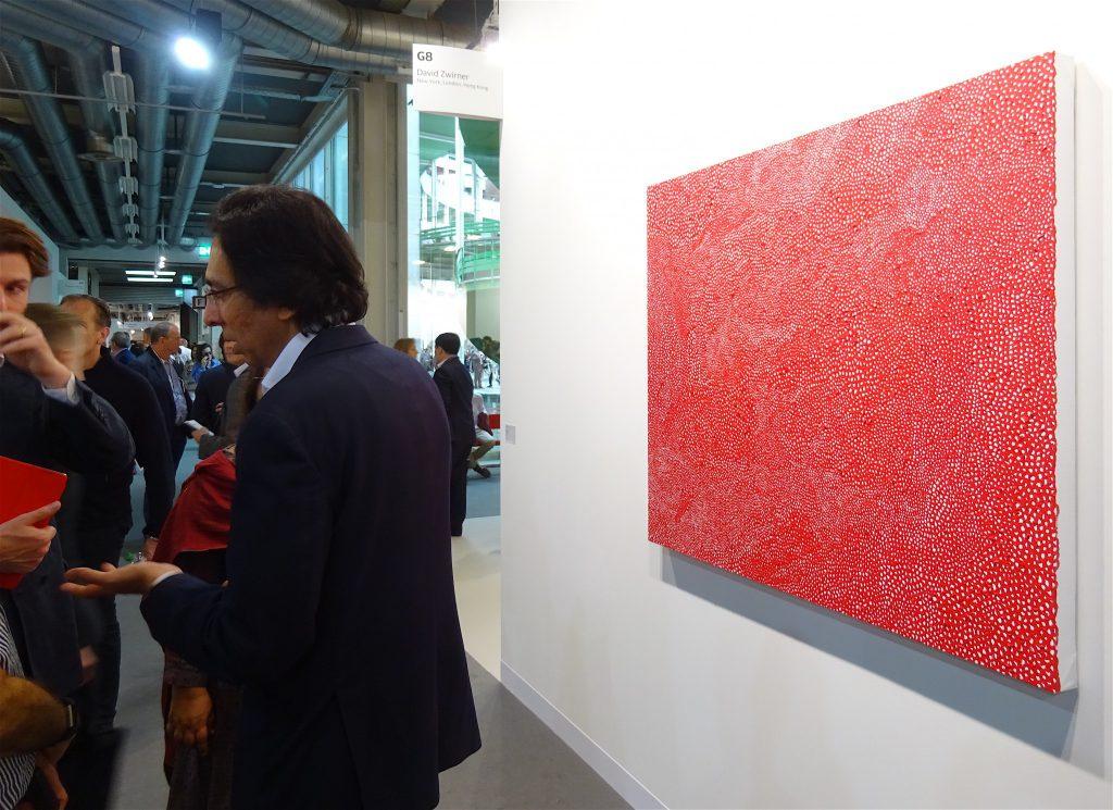 "Yayoi Kusama ""INFINITY-NETS (JSAL) 2015, Acrylic on canvas, 112.1 x 145.7 cm, Titled and dated verso @ David Zwirner"