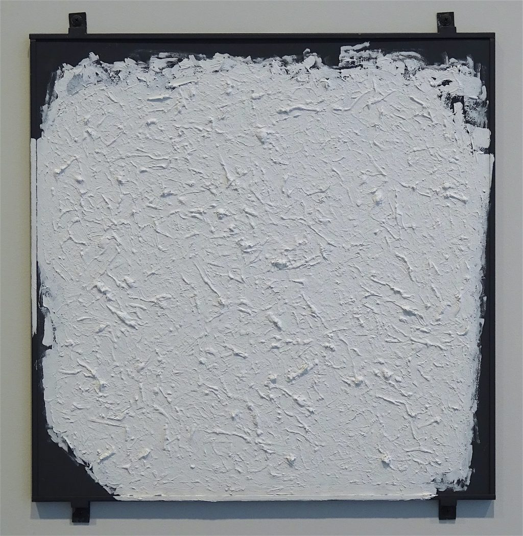 "ロバート・ライマン Robert Ryman ""Untitled"" 1980-2003, Oil on steel panel with four fasteners, 48.3 x 48.3 cm"