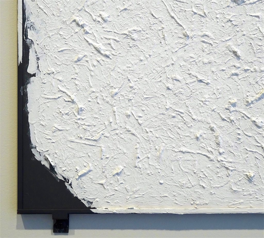 "ロバート・ライマン Robert Ryman ""Untitled"" 1980-2003, Oil on steel panel with four fasteners, 48.3 x 48.3 cm, detail"