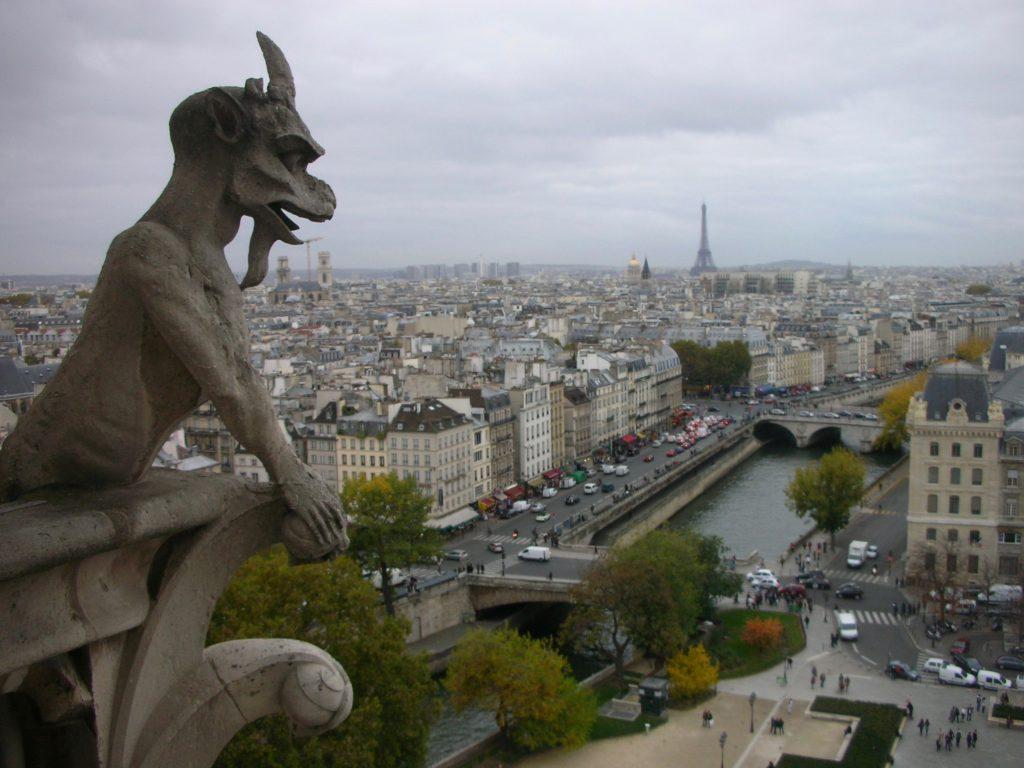 パリ・ノートルダム大聖、Drolerie-Gargoyle