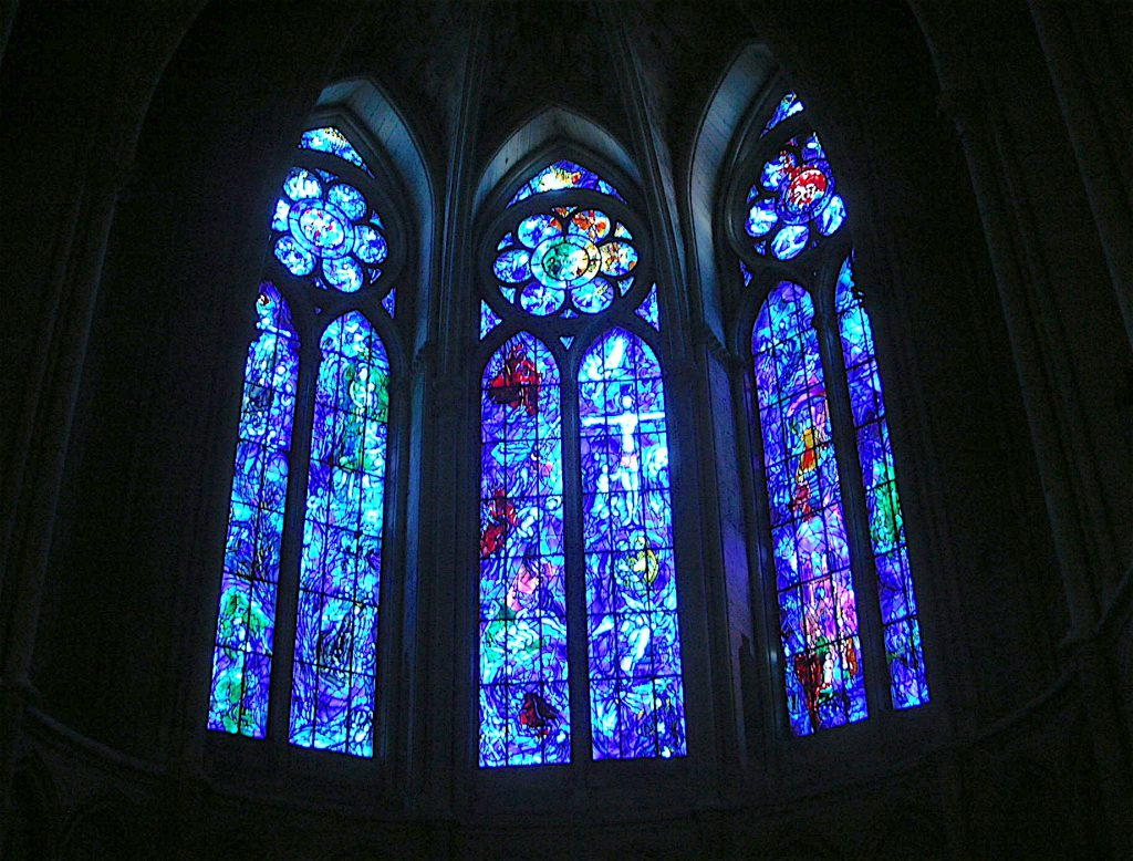 ランス・ノートルダム大聖堂の目玉はマルク・シャガール作のステンドグラス