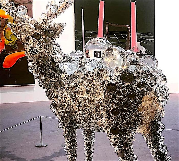 """桶田コレクション展 NAWA Kohei 名和 晃平 """"PixCell-Deer#48"""" 2017, mixed media, 210.9 × 181.3 × 150 cm, detail"""