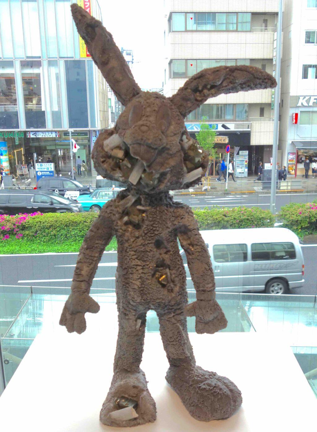 "Daniel Arsham ダニエル・アーシャム ""Pyrite Eroded Rabbit"" 2017, Pyrite, Selenite, hydrostone, 71.1 x 33 x 17.8 cm"