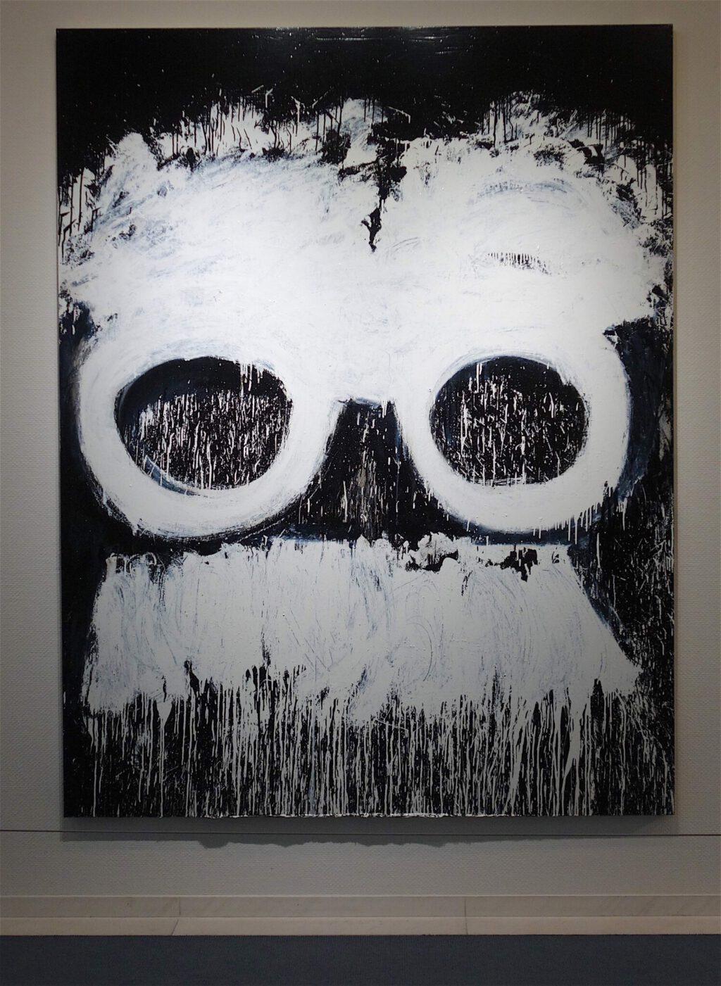 "Joyce Pensato ジョイス・ペンサト ""Groucho Nate"" 2015, Enamel on linen, 228.6 x 177.8 cm"