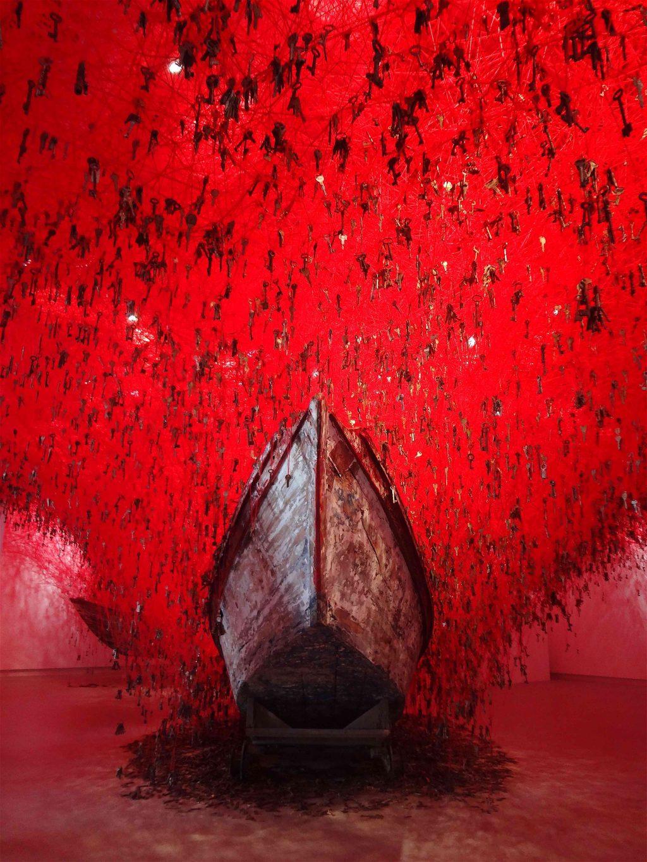 """塩田千春 SHIOTA Chiharu「掌の鍵」""""The Key in the Hand"""" @ ヴェネツィア・ ビエンナーレ 日本館 Venice Biennale, Japan Pavilion 2015"""
