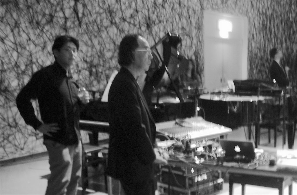 Composer ICHIYANAGI Toshi 一柳慧