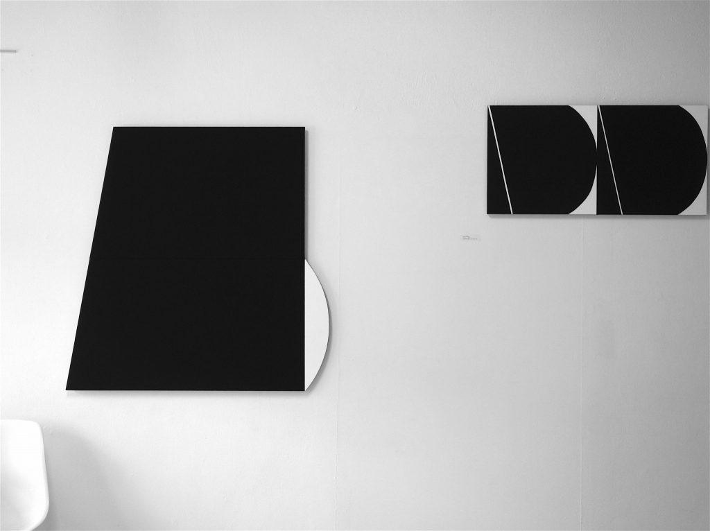 """五月女 哲平 SOUTOME Teppei (left) """"black, white and others,"""" + """"Two Pieces"""" both 2019, Acrylic on canvas"""