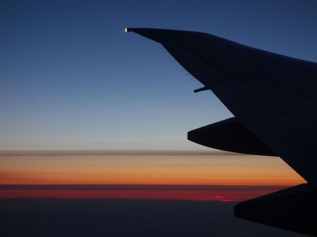 雲の上を飛ぶ11