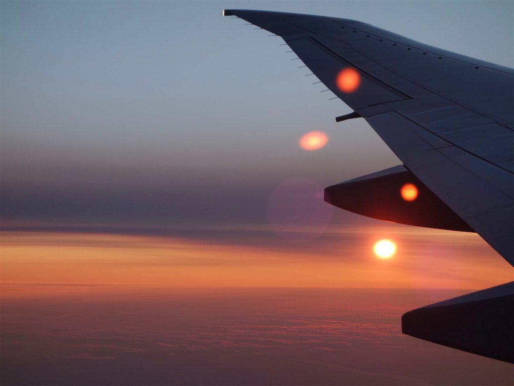 雲の上を飛ぶ7