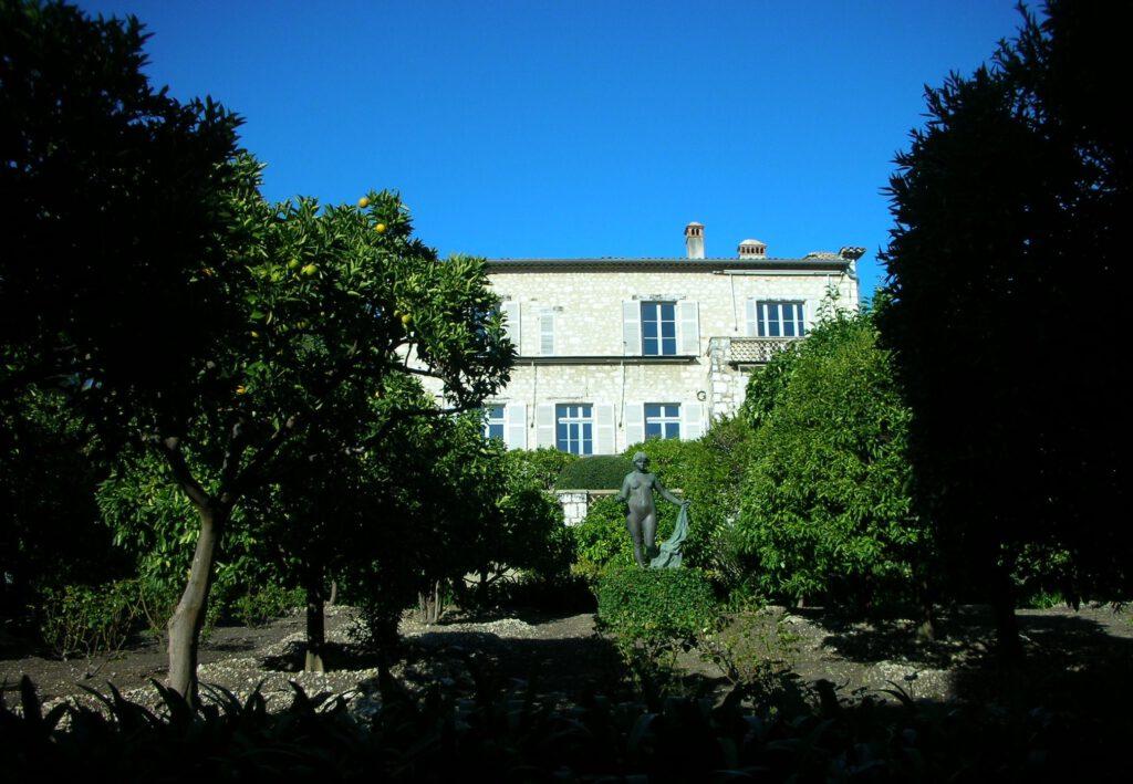 カーニュ=シュル=メール Pierre-Auguste Renoir ピエール=オーギュスト・ルノワール House-Atelier