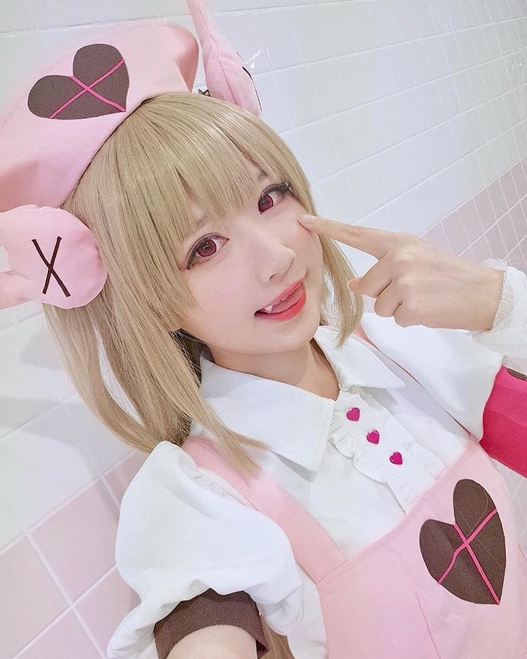 Cosplayer as SANA NATORI, courtesy creative common sense