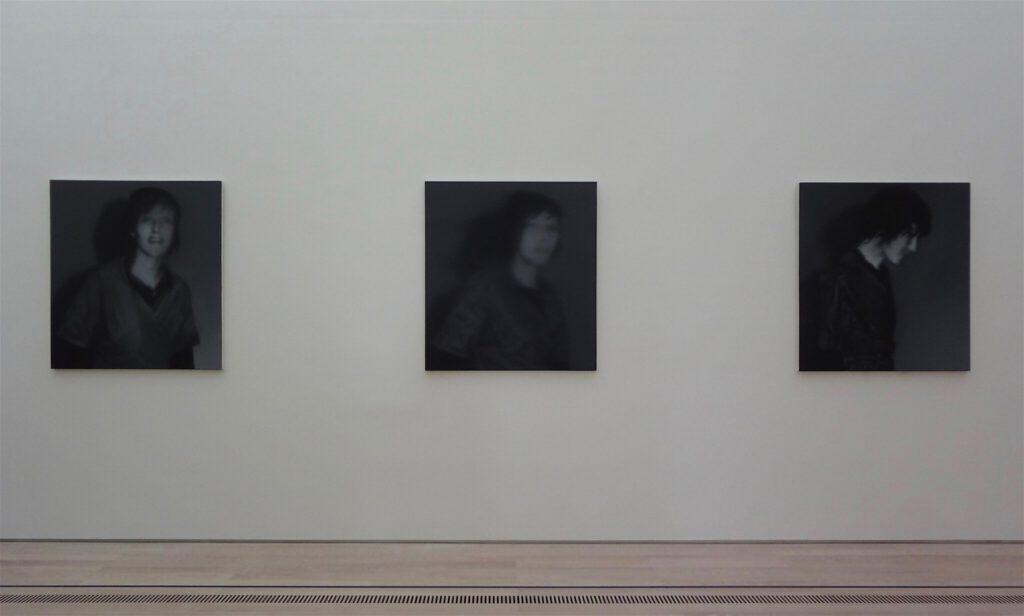 "Gerhard Richter ゲルハルト・リヒター ""18. Oktober 1977"" (Gegenüberstellung 1-3), 1988 (Gudrun Ensslin)"