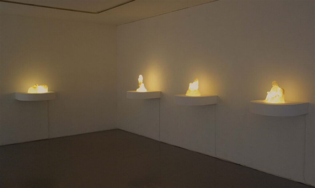 YOKOYAMA Nami 横山奈美 「ラブと私のメモリーズ」 (Memories of Love and Me) exhibition view @ Kenji Taki Gallery, 2020
