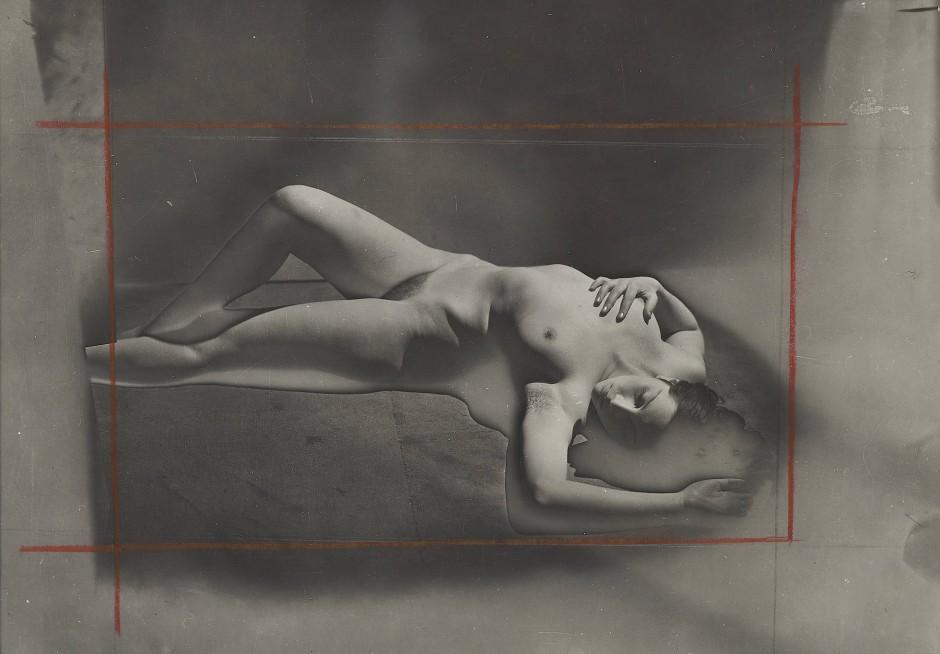 """マン・レイ Man Ray """"Primat de la matière sur la pensée"""" 1931-32 Estimate 30-40.000 Euro"""