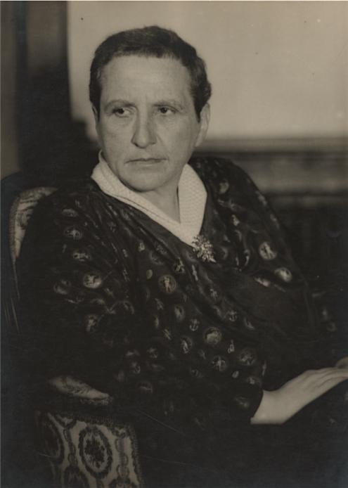 マン・レイ Man Ray Gertrude Stein ca. 1928 Estimate 5.-7.000 Euro