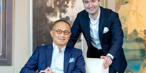 アジアのアートマーケットの中心的人物:26歳のネイサン ドライ氏、新CEO サザビーズアジア (サザビーズのオーナー パトリック・ドライの息子)