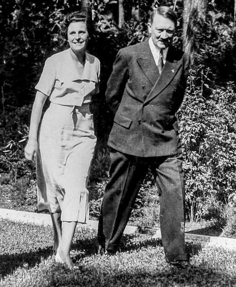 レニ・リーフェンシュタールとアドルフ・ヒトラー、プライベート Leni Riefenstahl and Adolf Hitler in private