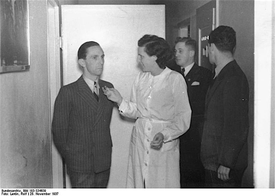 Joseph Goebbels ヨーゼフ・ゲッベルス + Leni Riefenstahl レニ・リーフェンシュタール, 1937