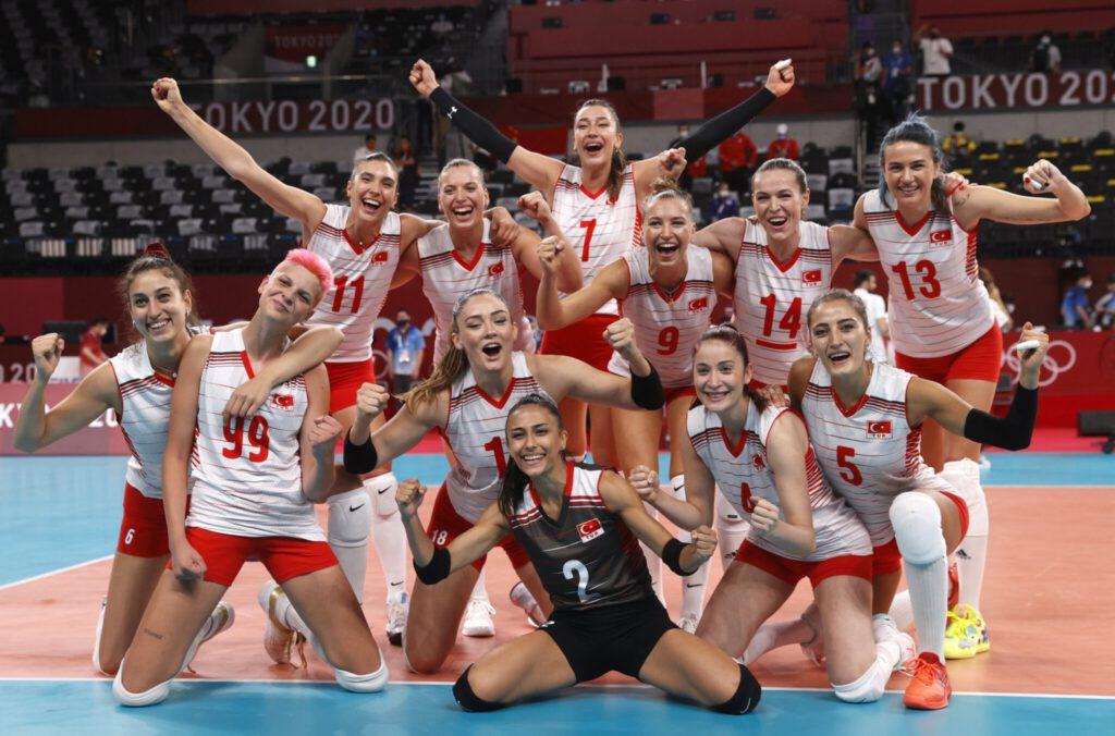 Turkish National Women's Volleyball Team at Tokyo 2020 Olympics トルコの女子バレーボールチーム