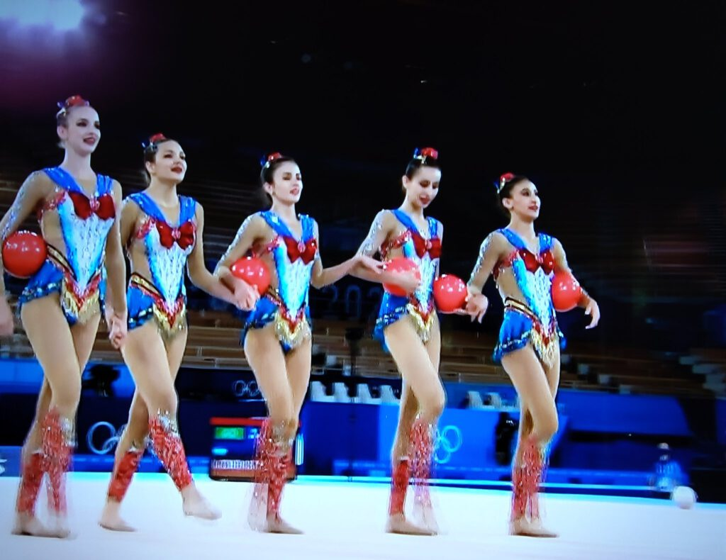 Uzbekistan's Sailor Moon inspired Rhythmic Gymnastic