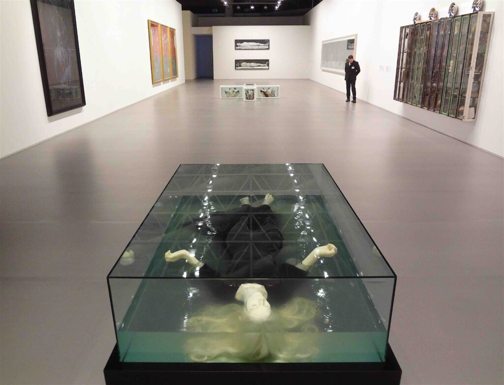 "Paul Fryer ""Ophelia (White)"" 2007, Silicon, wax, glass"