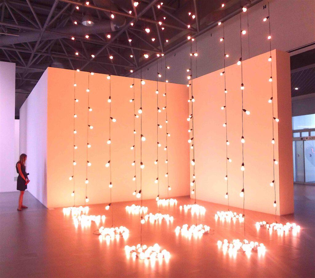"Sturtevant ""Felix Gonzalez-Torres America America"" 2004, Light bulbs, rubber light sockets and cords, 12 parts"
