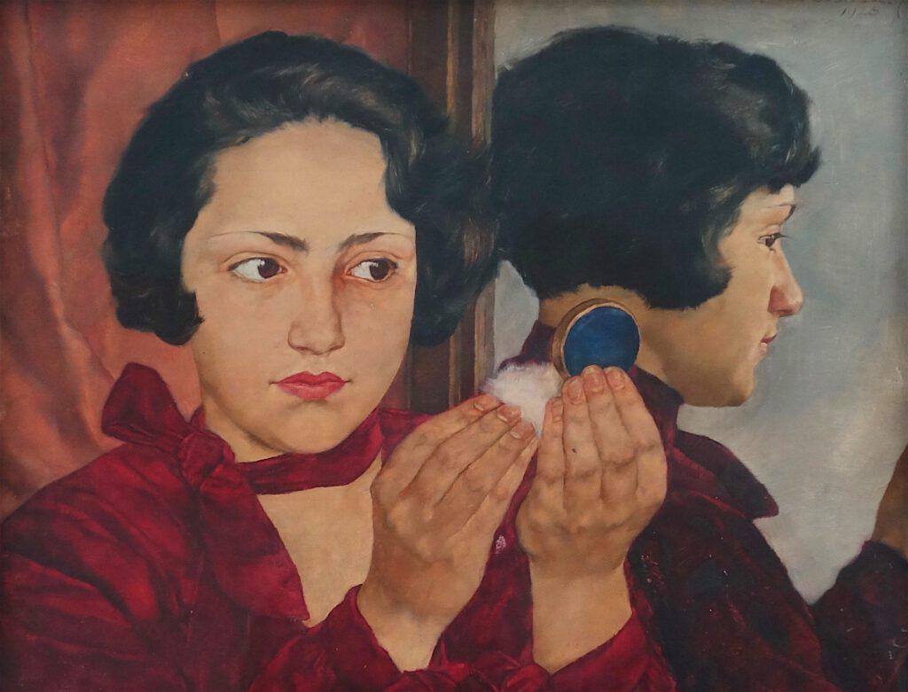 ロッテ・ラーゼルシュタイン「化粧用のコンパクトを持つロシア人女子」木材に油彩、31.7 x 41 センチ、1928年 (Städel Museum)
