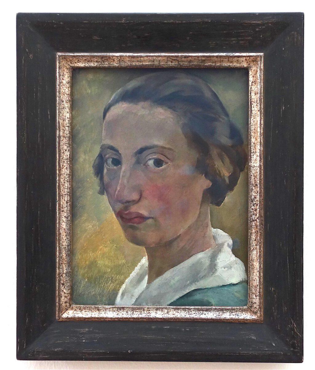 ロッテ・ラーゼルシュタイン「白襟の自画像」厚紙にに油彩、32 x 24 センチ、約1923年